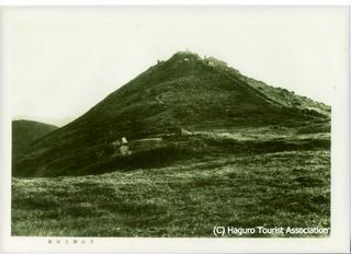 43.戦前の月山頂上全景.jpg